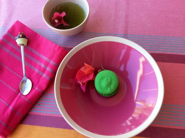 green matcha tea and white chocolate french macron