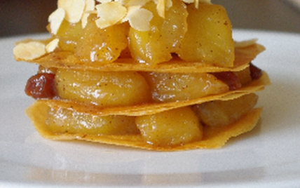 candied caramelized apples with small crepes